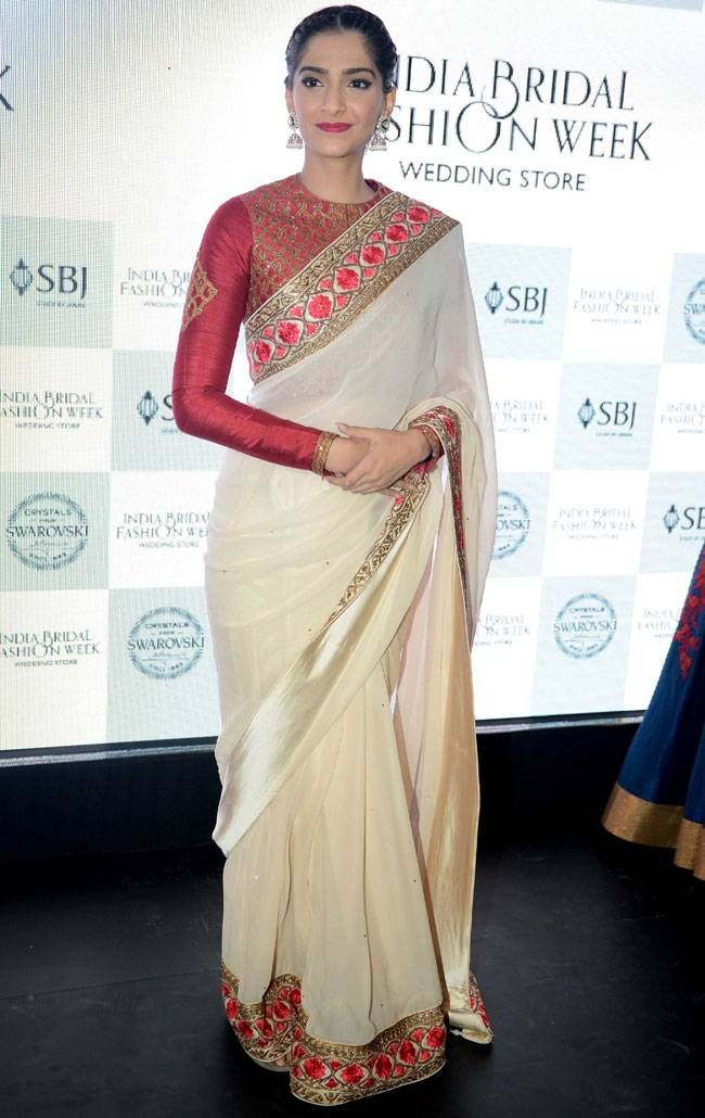 Different Saree Wearing Style (291)
