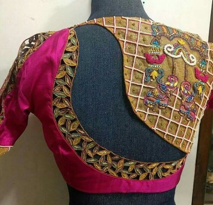 Different Saree Wearing Style (315)