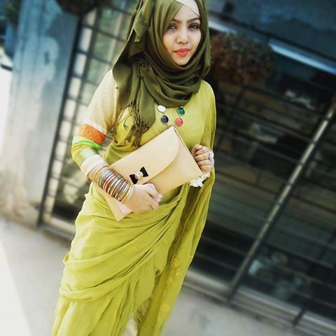 Different Saree Wearing Style (320)