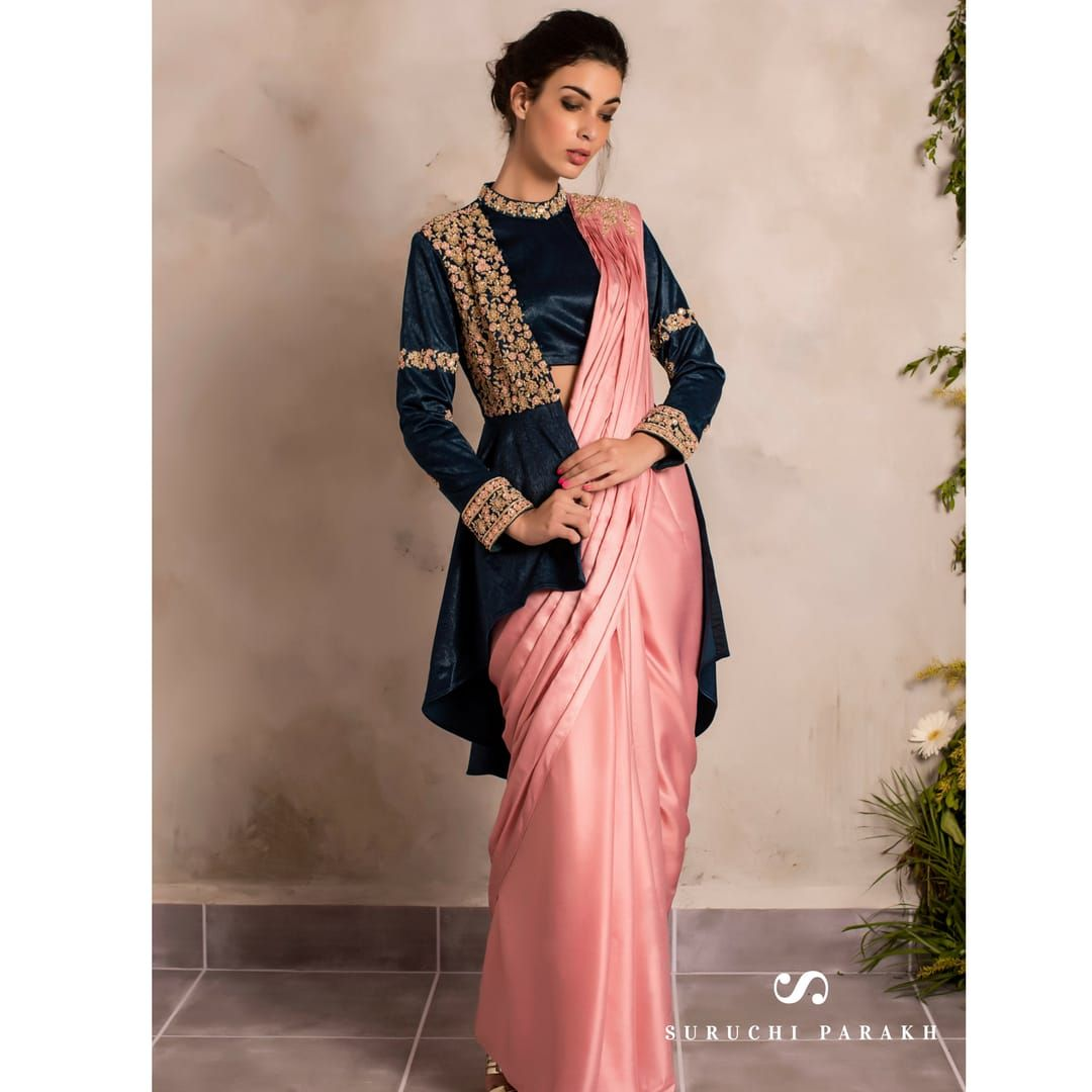 Different Saree Wearing Style (51)