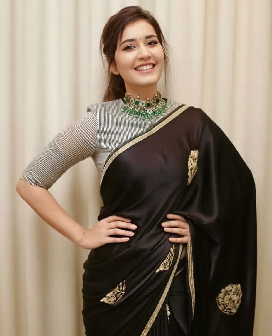 Different Saree Wearing Style (53)