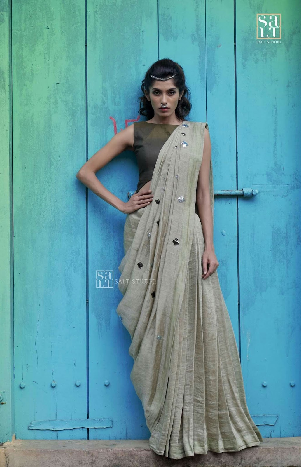 Different Saree Wearing Style (54)