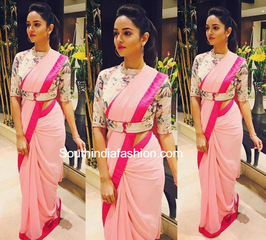 Different Saree Wearing Style (64)