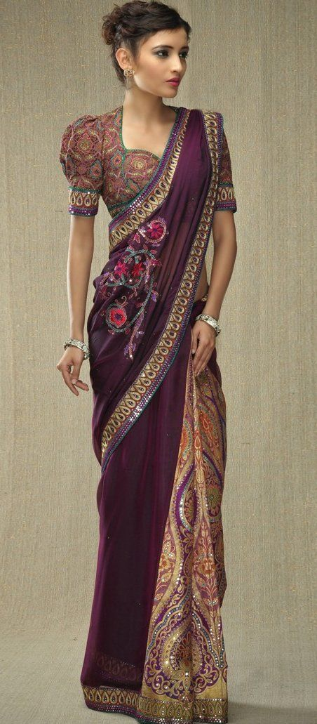 Different Saree Wearing Style (65)
