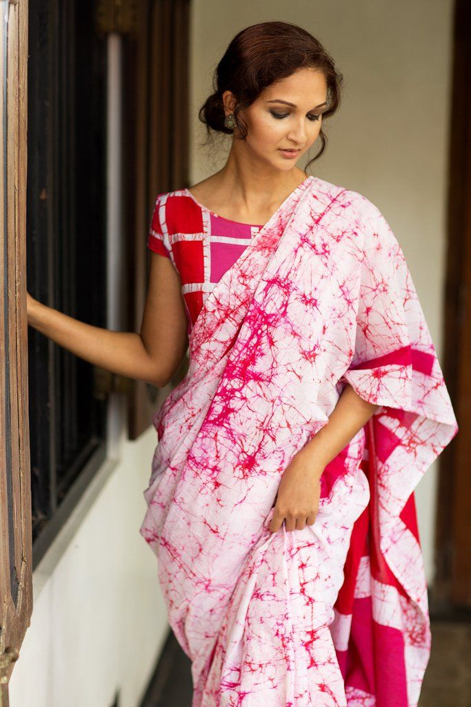 Different Saree Wearing Style (83)