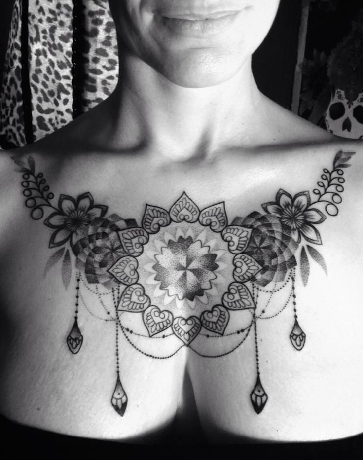 Female Chest Tattoo Pictures Ideas (101)