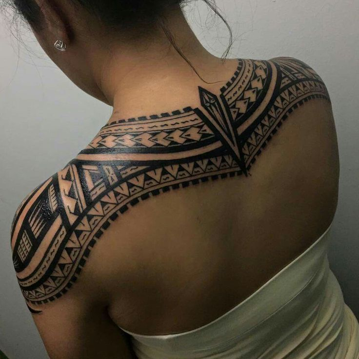 Female Chest Tattoo Pictures Ideas (185)