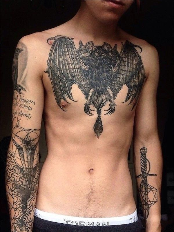Female Chest Tattoo Pictures Ideas (216)