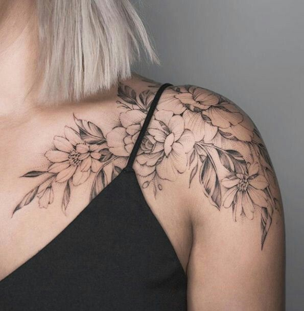 Female Chest Tattoo Pictures Ideas (59)