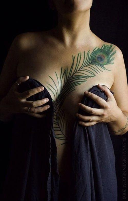 Female Chest Tattoo Pictures Ideas (70)