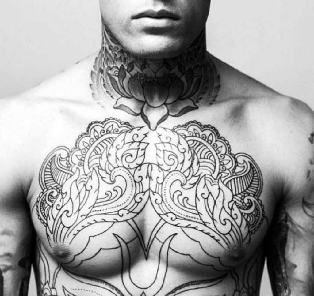 Female Chest Tattoo Pictures Ideas (8)