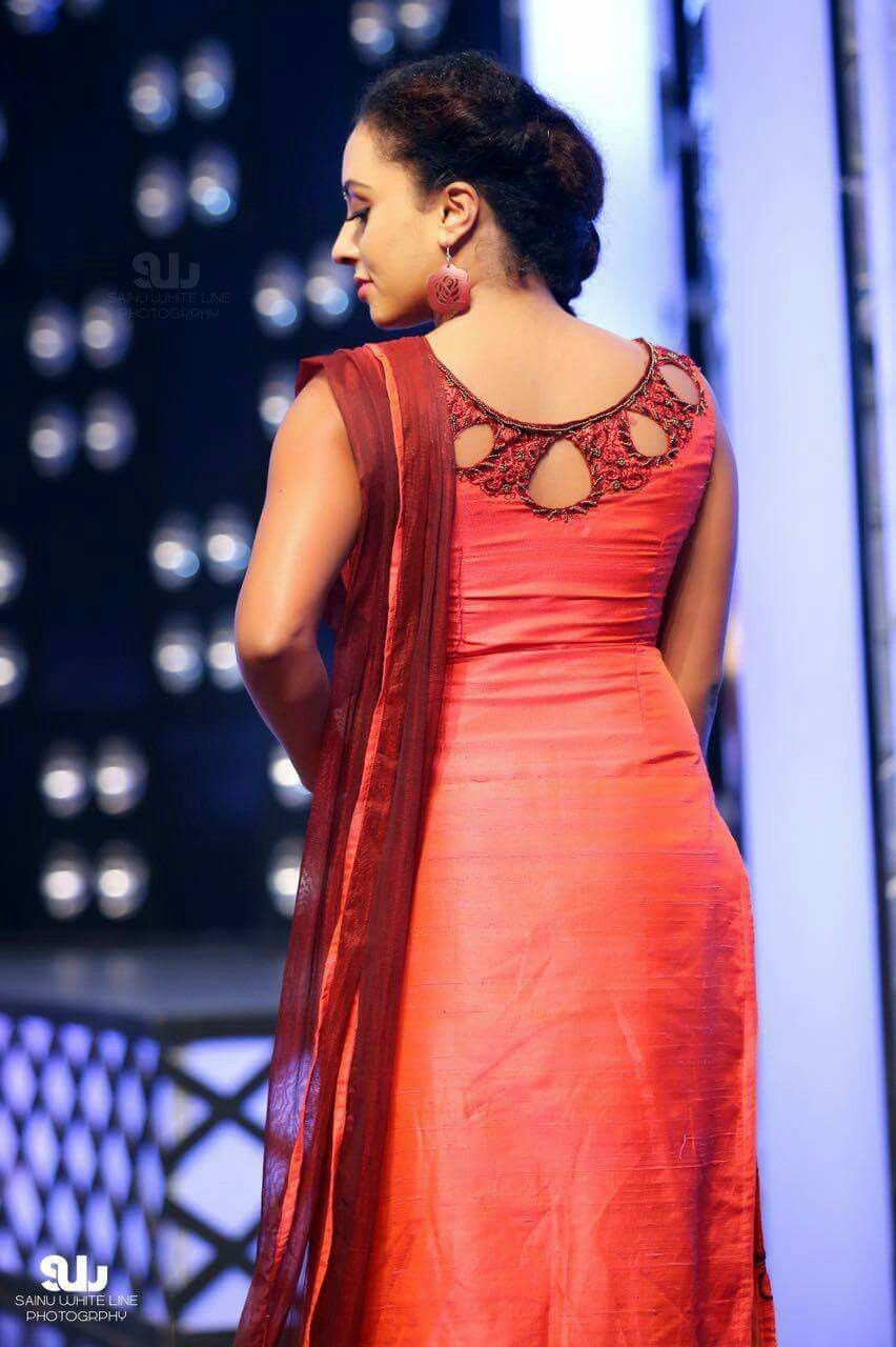 Latest Churidar Neck Models Salwar Patterns (18)