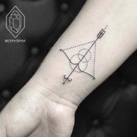 Significado De Tatuajes De Flechas Con Triangulos (102)