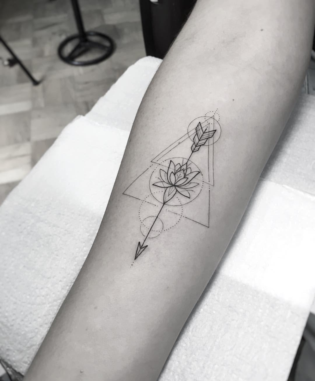 Significado De Tatuajes De Flechas Con Triangulos (105)