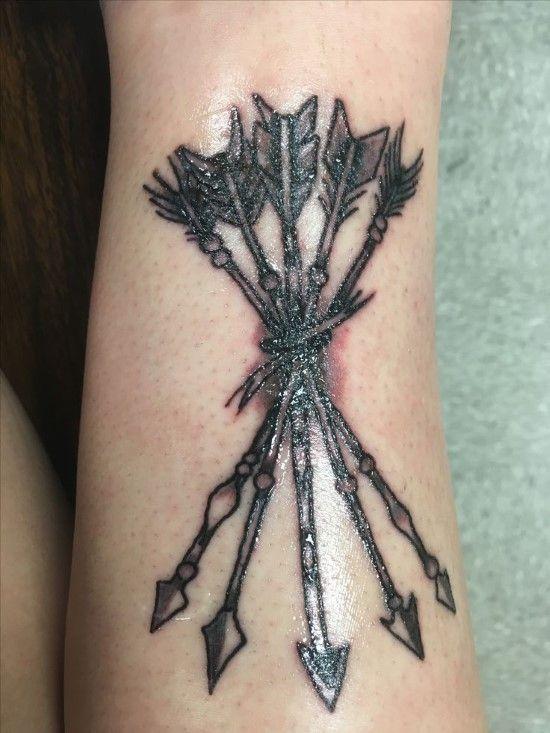 Significado De Tatuajes De Flechas Con Triangulos (32)