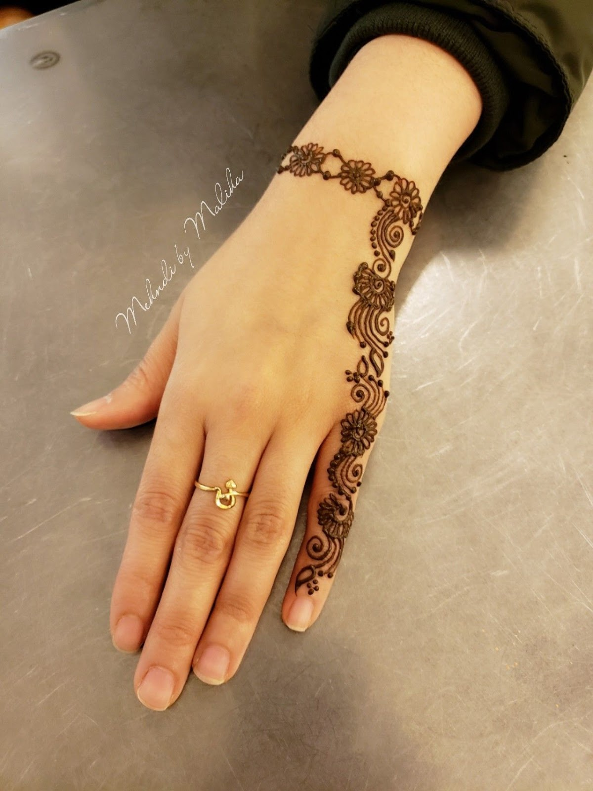 easy and beautiful mehndi designs for beginners
