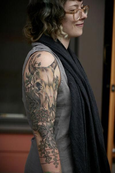 Small Simple Bull Tattoo Designs (27)