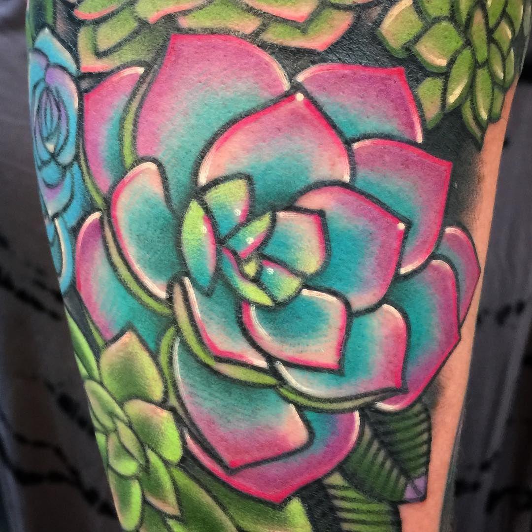 Small Simple Cactus Tattoo Designs (122)