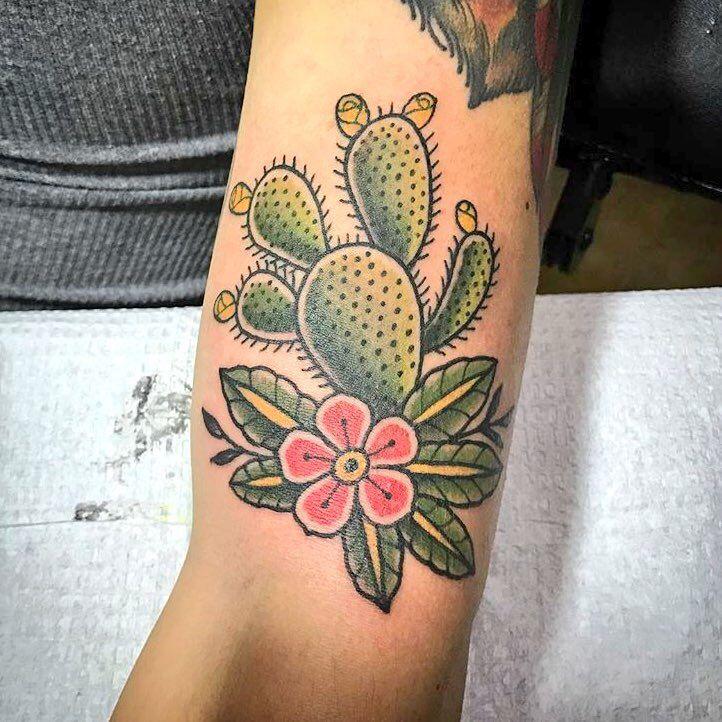 Small Simple Cactus Tattoo Designs (13)
