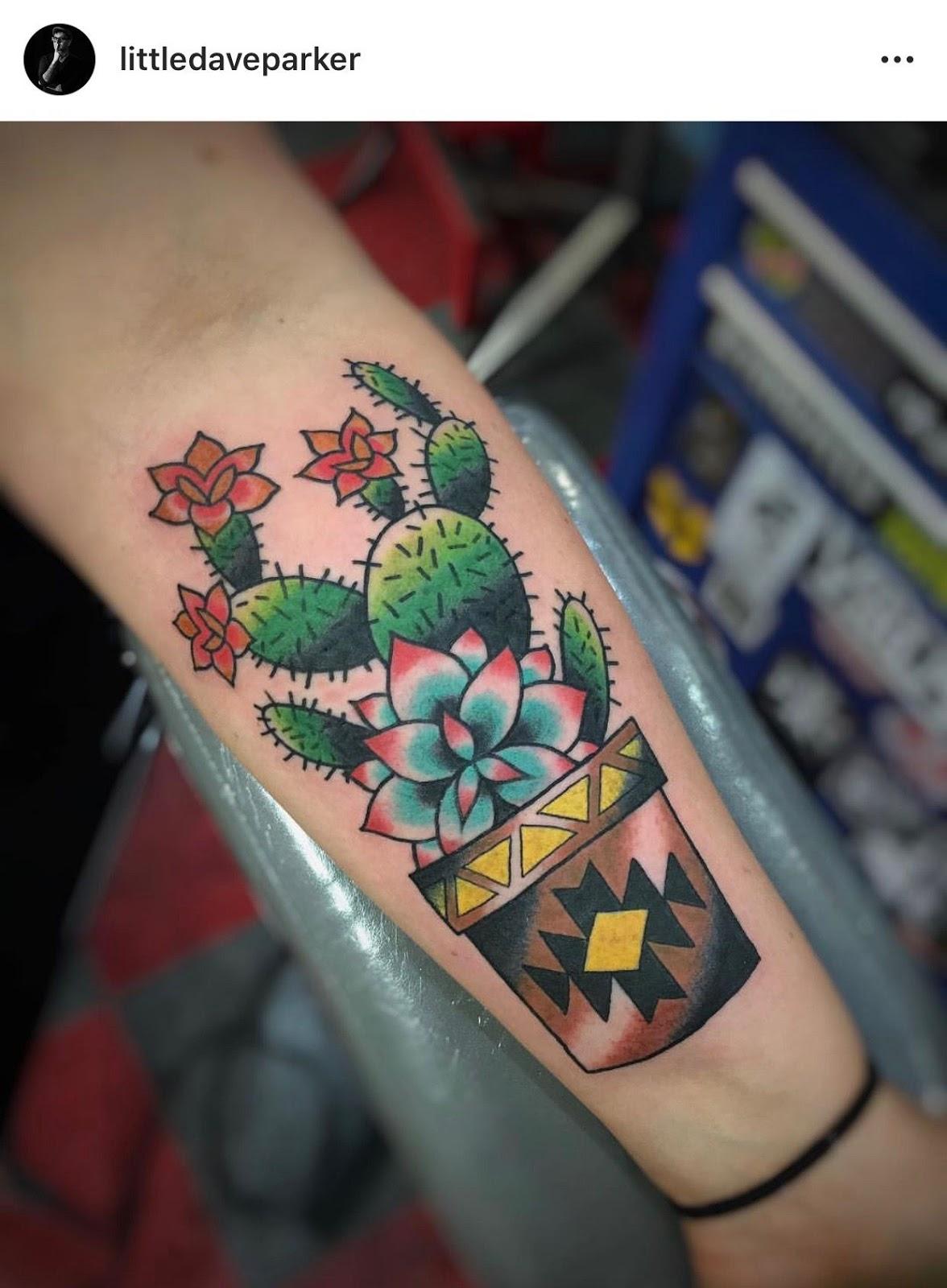 Small Simple Cactus Tattoo Designs (137)