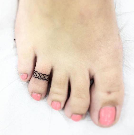 Tatuagens Femininas Delicadas No Braço (112)