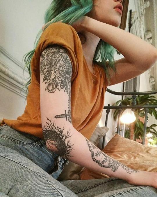 Tatuagens Femininas Delicadas No Braço (131)