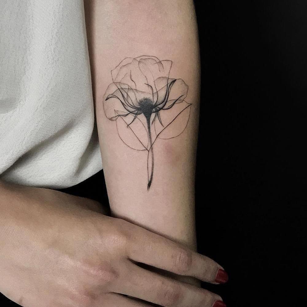 Tatuagens Femininas Delicadas No Braço (146)