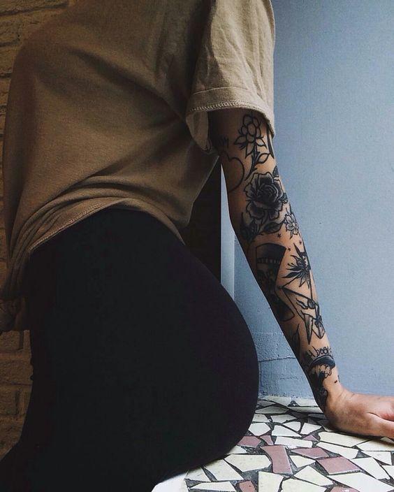 Tatuagens Femininas Delicadas No Braço (147)