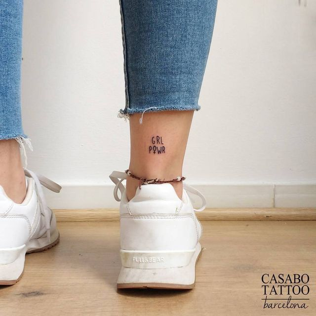 Tatuagens Femininas Delicadas No Braço (98)