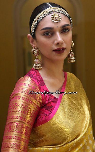 Blouse Designs For Pattu Silk Sarees (109)