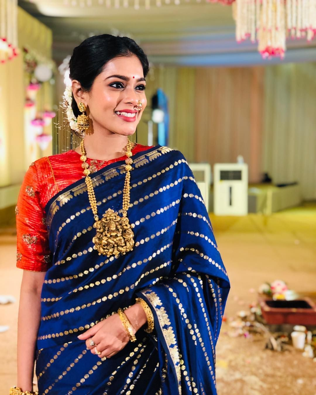 Blouse Designs For Pattu Silk Sarees (115)