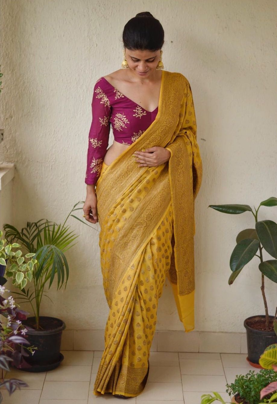 Blouse Designs For Pattu Silk Sarees (117)