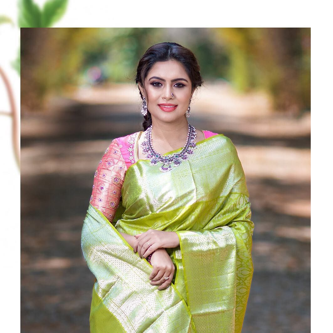 Blouse Designs For Pattu Silk Sarees (121)