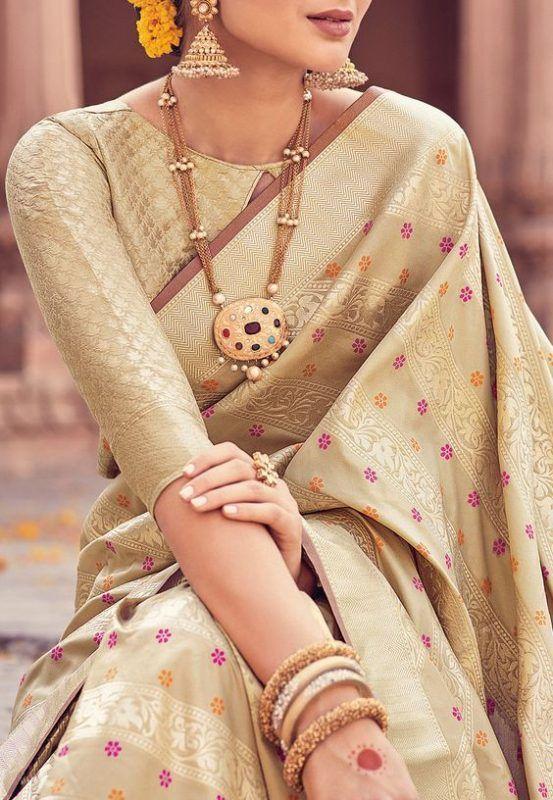 Blouse Designs For Pattu Silk Sarees (122)