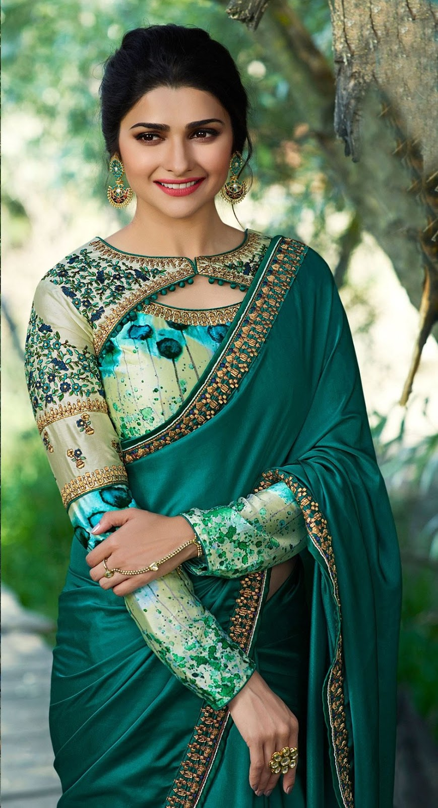 Blouse Designs For Pattu Silk Sarees (177)