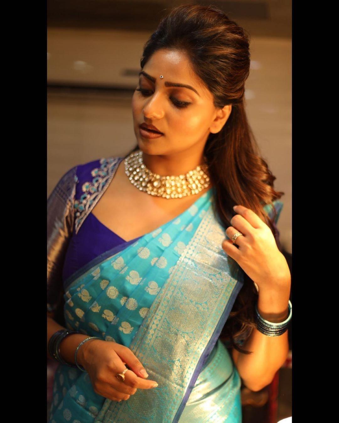 Blouse Designs For Pattu Silk Sarees (180)