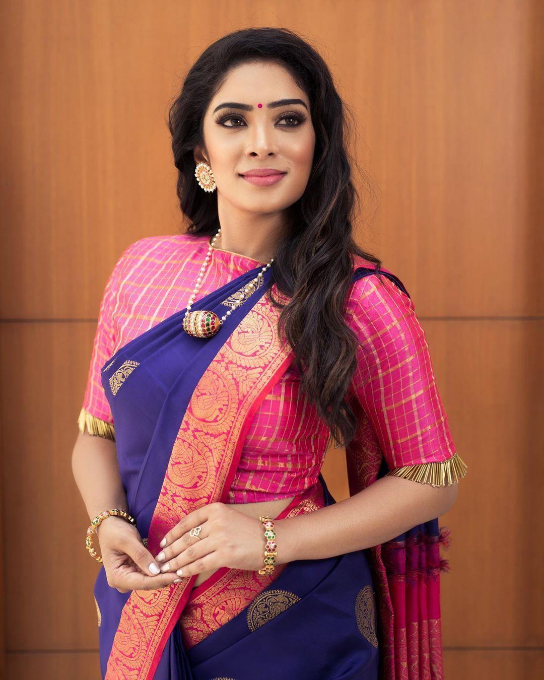 Blouse Designs For Pattu Silk Sarees (236)
