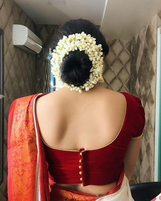 Blouse Designs For Pattu Silk Sarees (31)