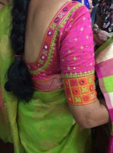 Blouse Designs For Pattu Silk Sarees (35)