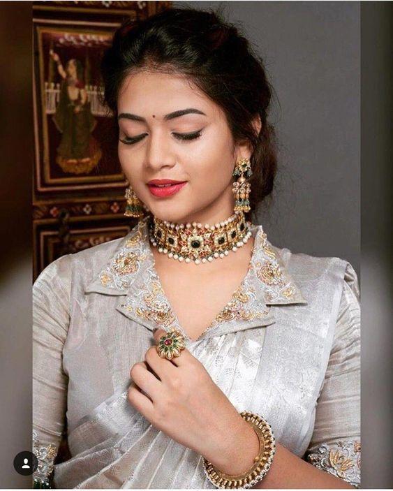 Blouse Designs For Pattu Silk Sarees (57)