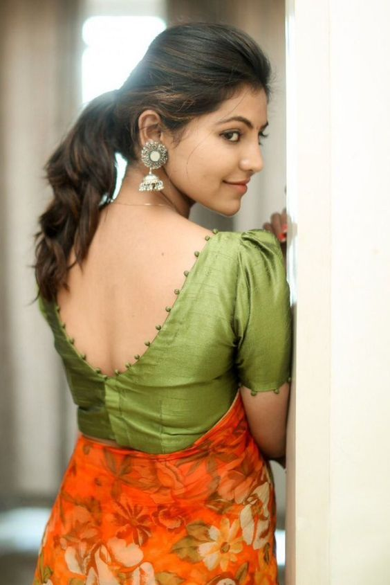 Blouse Designs For Pattu Silk Sarees (60)