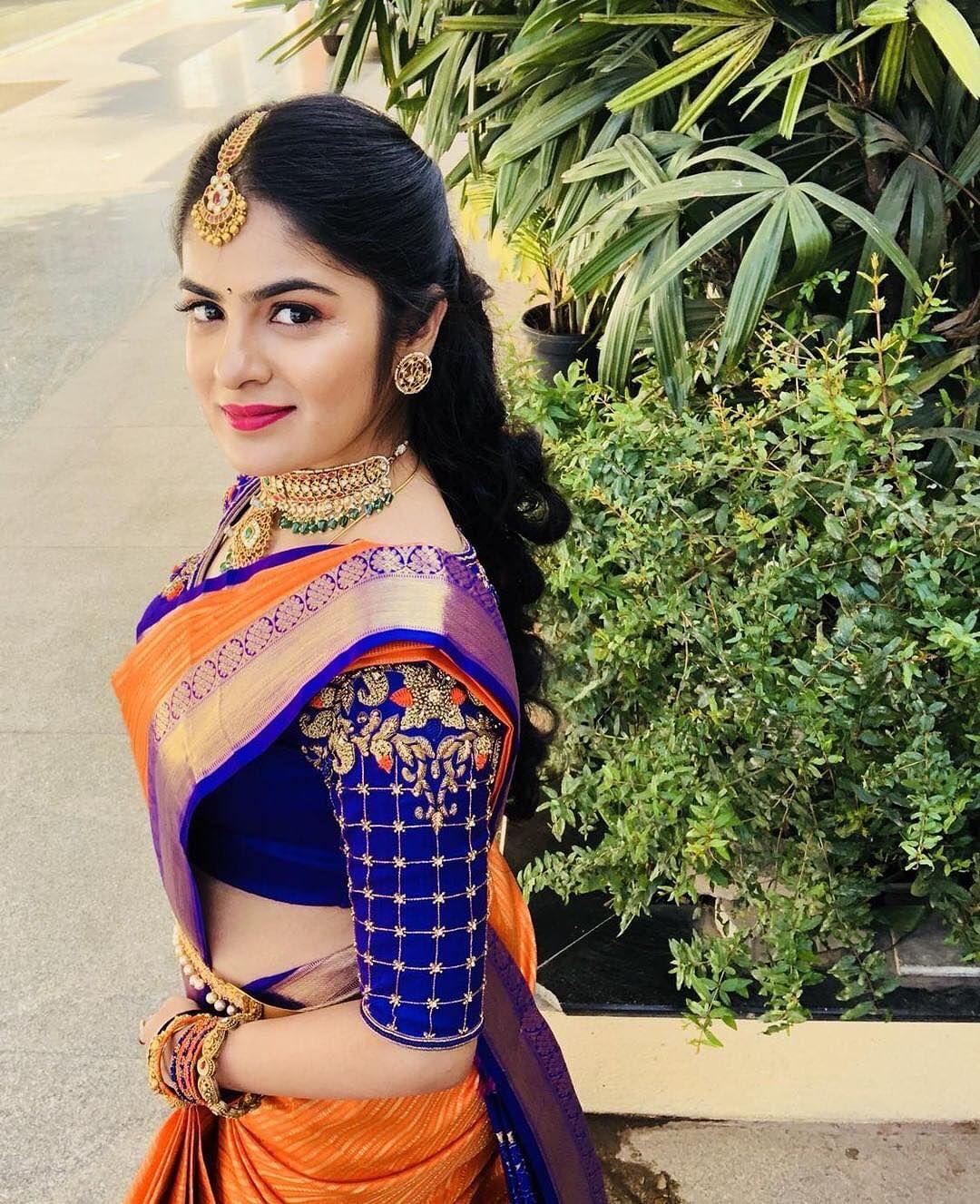 Blouse Designs For Pattu Silk Sarees (66)