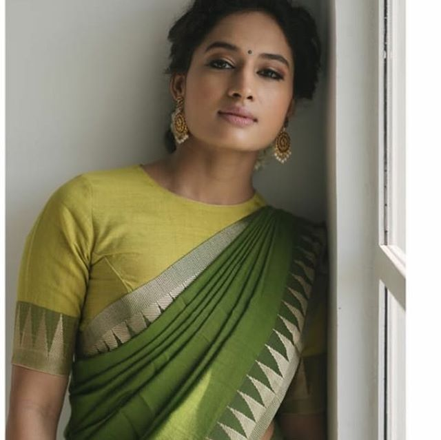 Blouse Designs For Pattu Silk Sarees (7)