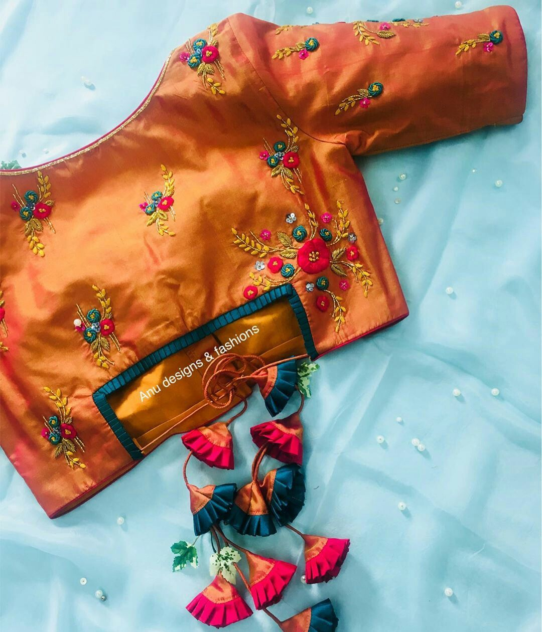 Blouse Designs For Pattu Silk Sarees (82)