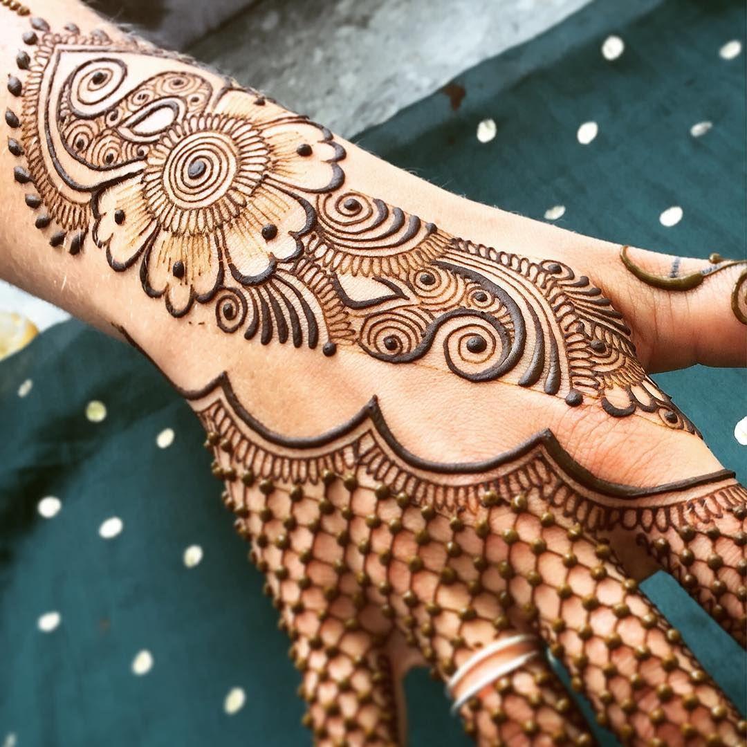 Easy Mehndi Designs Simple Latest (17)