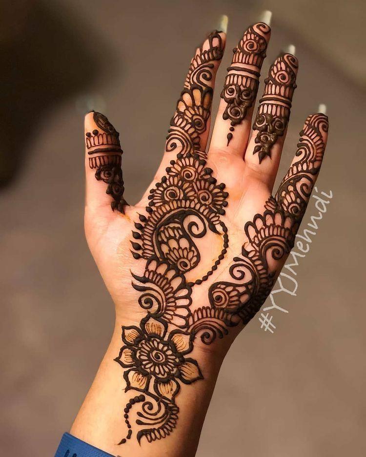 Easy Mehndi Designs Simple Latest (31)