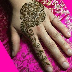 Easy Mehndi Designs Simple Latest (8)