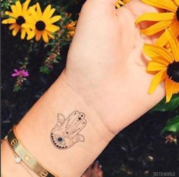 Hamsa Hand Tattoo Designs (176)