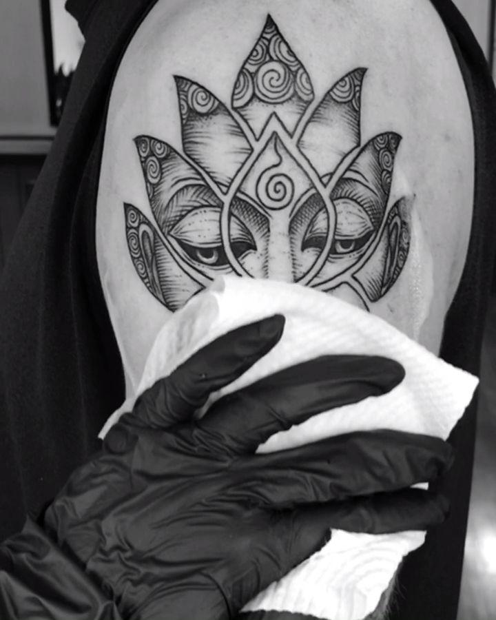 Hamsa Hand Tattoo Designs (190)
