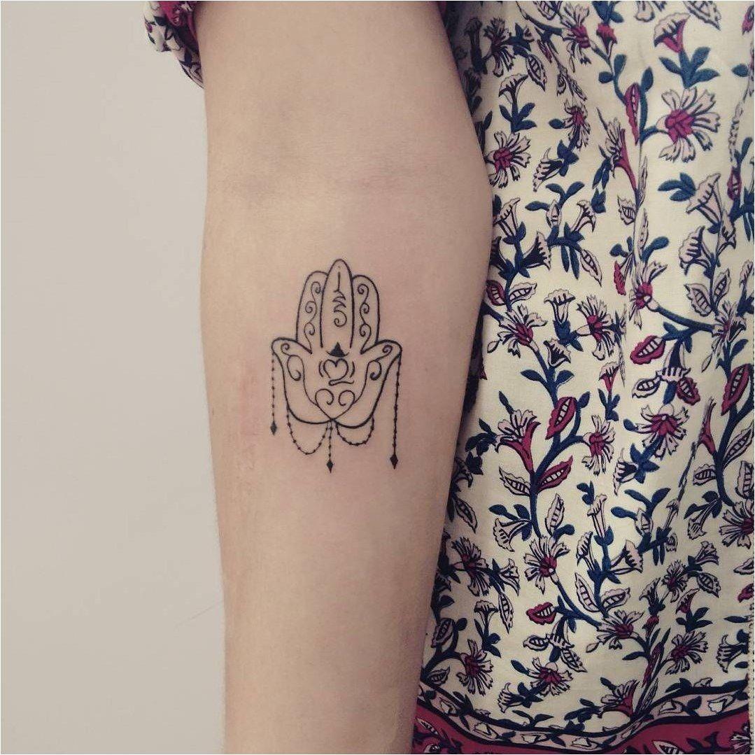 Hamsa Hand Tattoo Designs (2)
